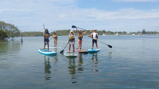 Hawks Nest, ออสเตรเลีย: stand up paddle boarding on the Myall River