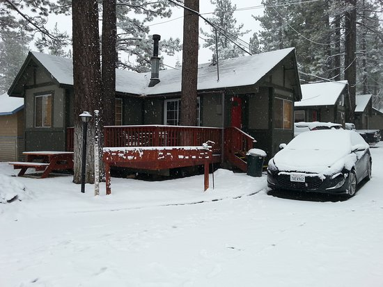 Big Bear Frontier Cabins: 20170112_092422_large.jpg