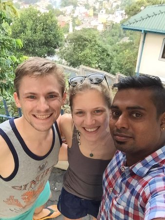 Катунайаке, Шри-Ланка: Us and Eranga in Kandy