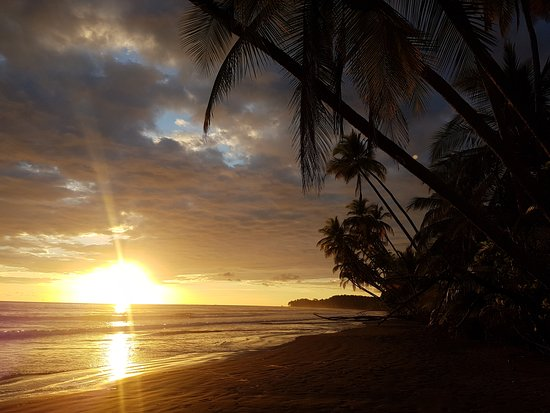 Puntarenas, Costa Rica: Great place to watch the sunset.