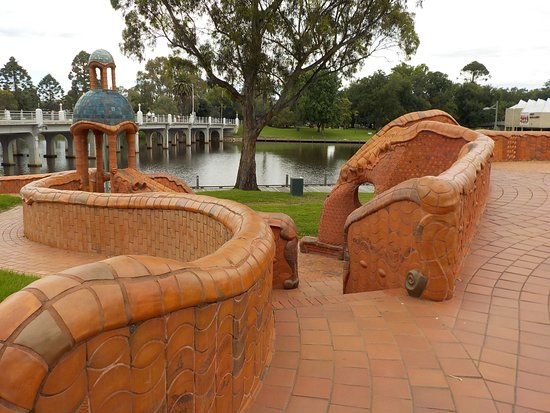 Benalla, Australia: Curves
