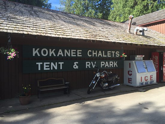 Crawford Bay, Канада: Kokanee Chalets Office