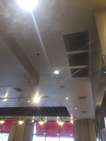 Fair Lawn, NJ: Plain ceilings