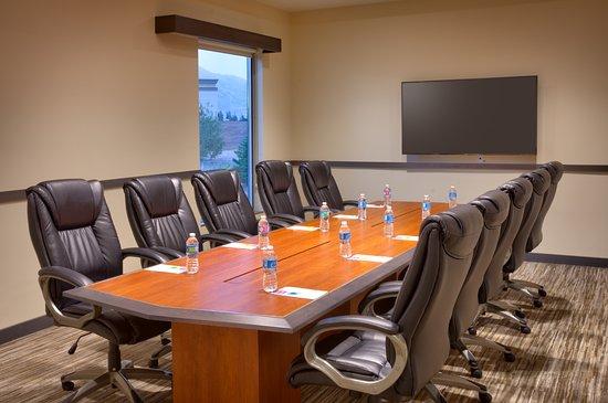Lehi, UT: Boardroom