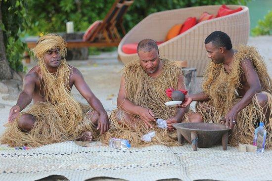 Likuliku Lagoon Resort: Cava ceremony