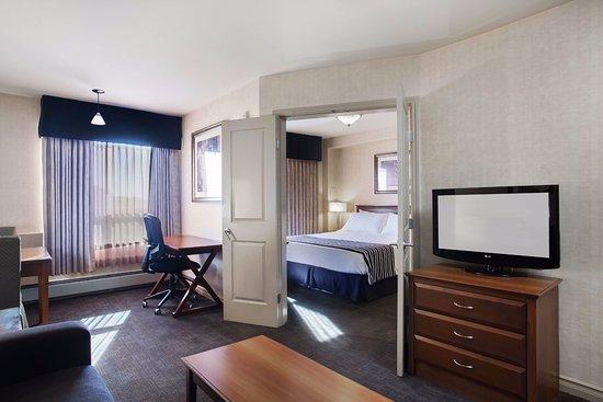 샌드맨 호텔 앤드 스위트 리자이나