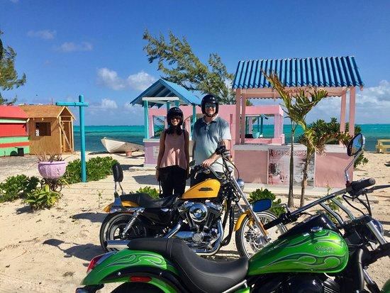 RideTCI Motorcycle Tours: Excelente vista en una de las paradisiacas paradas