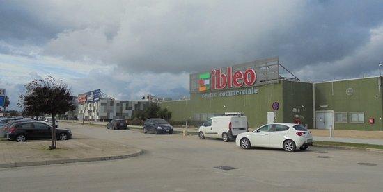 Parcheggio Foto di Centro Commerciale Ibleo, Ragusa
