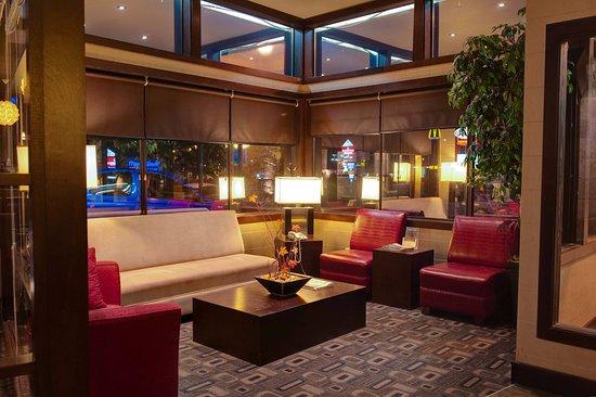 Sandman Hotel Castlegar: Lobby