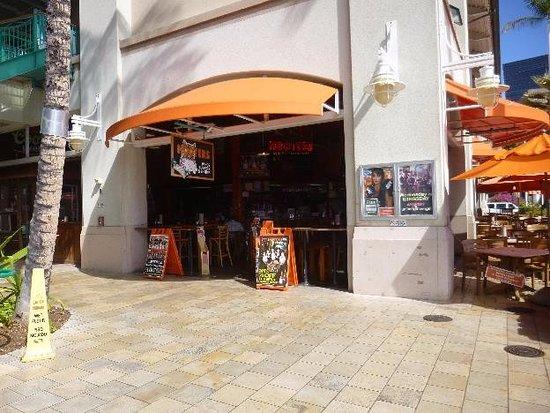 Aloha Tower Marketplace Hooters Restaurant Bar