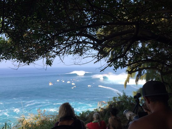 """Makawao, Χαβάη: """"Jaws"""" on the north shore of Maui is the biggest wave in the world!"""