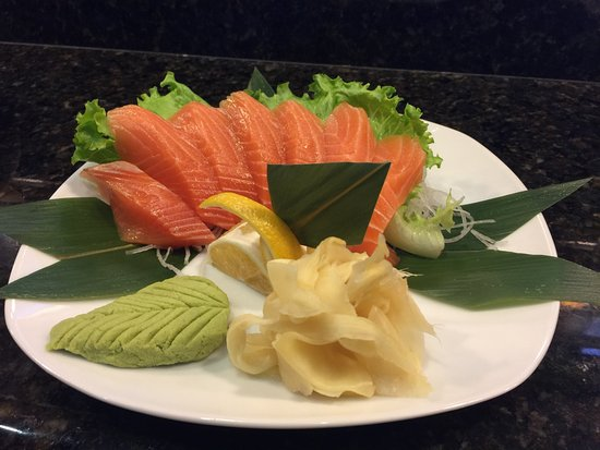 Highlands Ranch, CO: Salmon Sushimi