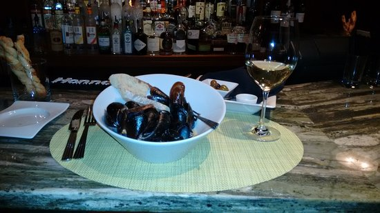 Stratton Mountain, VT: Mussels in white wine sauce