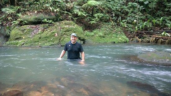 กาลิบิไช, โดมินิกา: River hiking near the property