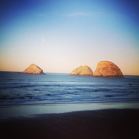 Oceanside, Όρεγκον: The Three Arches