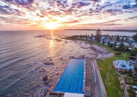 Aerial shot of Shellharbour Beachside Tourist Park