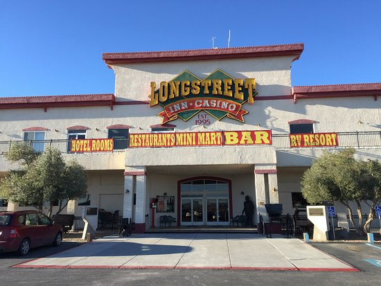 Longstreet Hotel & Casino: Front of Hotel and Casino Day