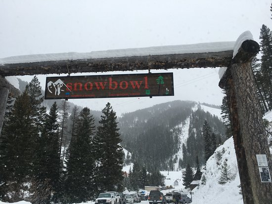 Montana Snowbowl: Great for families!