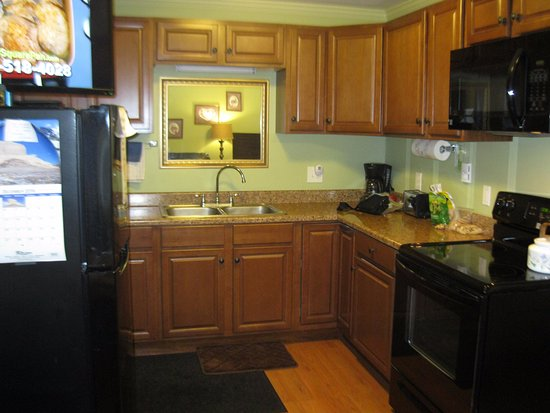 Lakeview Motel and Apartments: Full Kitchenette