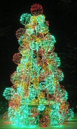 เคนเนตต์สแควร์, เพนซิลเวเนีย: The Green Tree!