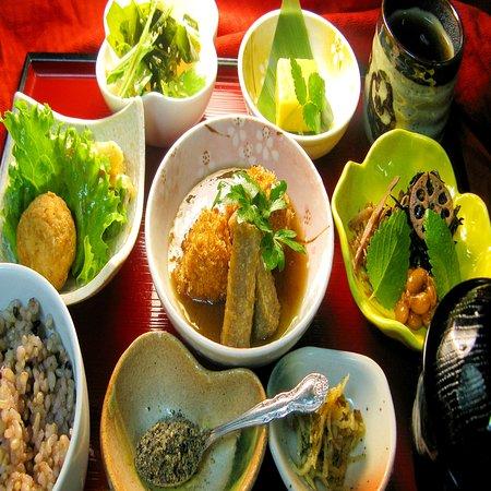 子連れで行ける金沢ランチスポット-お野菜いっぱい1000円ランチ--詳細とご予約はこのページ内のリンクをご参考ください。