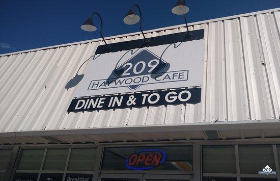 Waynesville, NC: Open for Business 7 days a week!