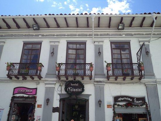 Edificio en el cual se encuentra el hostal Colonial