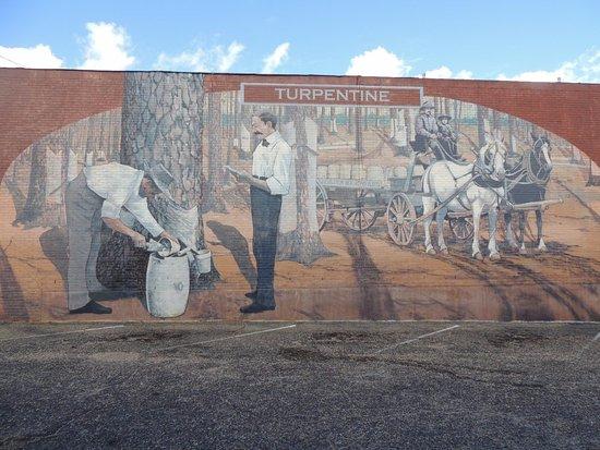 Dothan, AL: Turpentine Mural