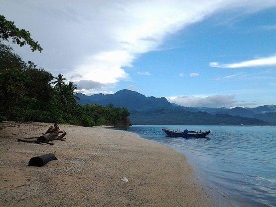 North Sulawesi, Indonésia: Pemandangan di Pulau Nanas