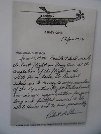 United States Army Aviation Museum: Note written by pilot of Army One