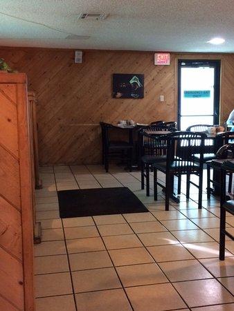 Bullhead City, AZ: Dining Area