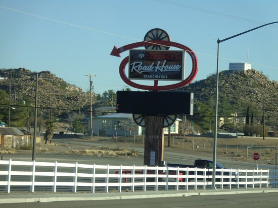 Searchlight Nugget Casino: Front sign