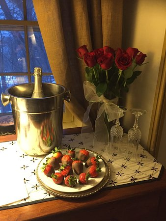 Fallen Tree Farm Bed and Breakfast: REQUEST - Champagne, roses, and chocolate-covered strawberries