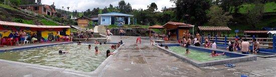 Coconuco, Colombia: Piscinas de agua natural.