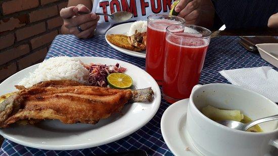 Coconuco, Colombia: Plato delicioso del restaurante dentro del establecimiento.