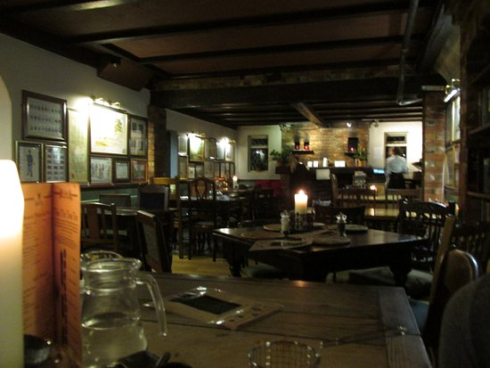 Edenbridge, UK: The Wheatsheaf