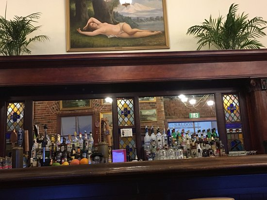 The Dalles, OR: Le bar.
