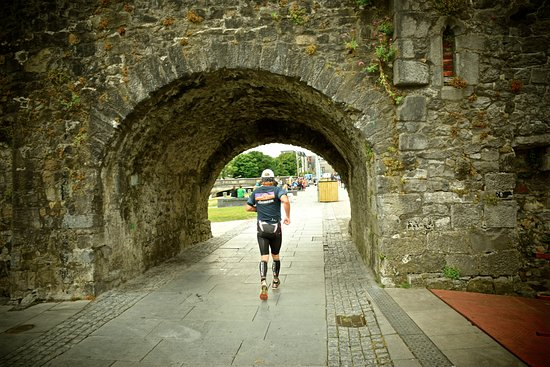 The Spanish Arch: One of my favorite shots i took with the triathlon race route going through the arch!