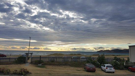 Mahia Beach, New Zealand: 20170115_193415_large.jpg