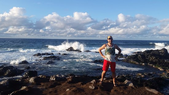 Paia, HI: photo with a splash