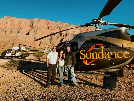 Sundance Helicopter lands in the Canyons for your picnic ... on sundance helicopter crash las vegas, sunset helicopter tour las vegas, maverick helicopters las vegas,