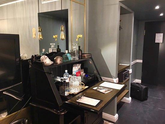 Sir Savigny Hotel: Стандартный номер