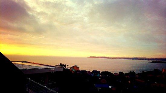 Private Hotel & Spa restaurant Shinra: 夕日が見えます