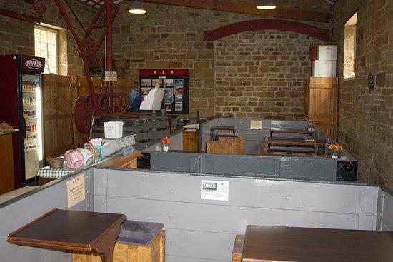 Pickering, UK: The Goathland Tearoom.