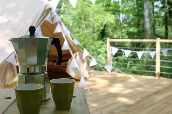 Uzerche, France: Bell Tent Morning Coffee - Camping Moulin de la Geneste