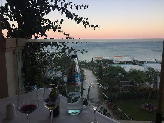 Lachania, Greece: Ausblick beim Abendessen / Buffet