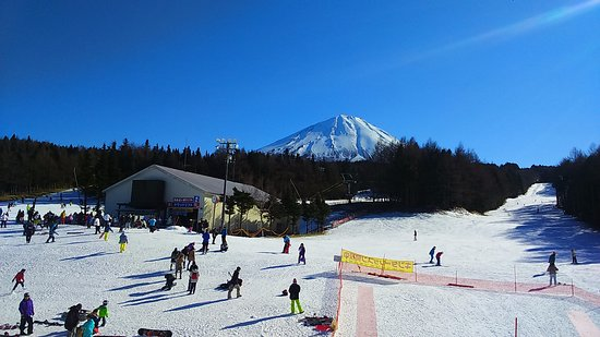 ‪Fujiten Snow Resort‬