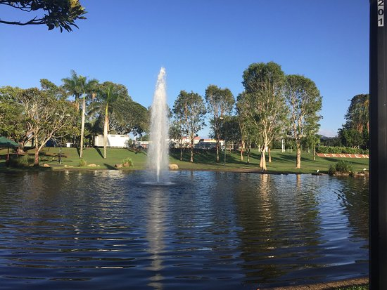 Caboolture, Australië: A few shots of the lake on a beautiful morning walk