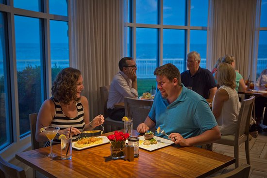 The King and Prince Beach and Golf Resort: Romantic Dinner at ECHO