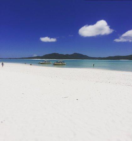 Ocean Rafting: Whitehaven Beach